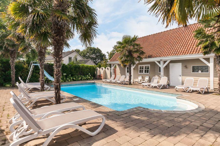ONDER DE AANDACHT Schitterende B&B met zwembad en tropische tuin!