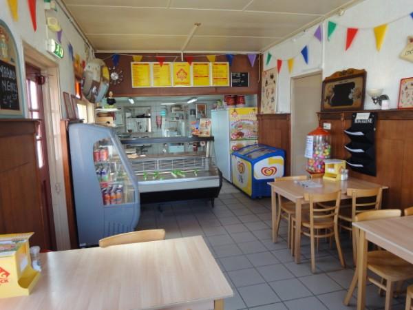 Cafetaria 4