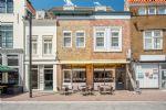 Broodjeszaak met terras (verkocht)